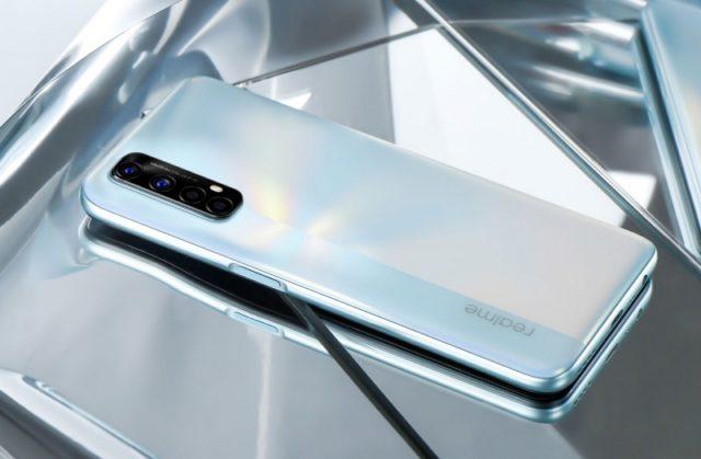 Обзор смартфона Realme 7