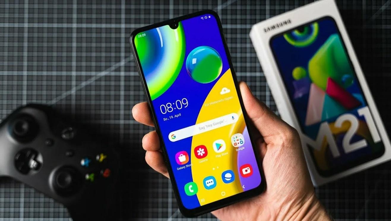 Бережем глаза: 3 дешевых смартфона с экраном на уровне дорогого флагмана