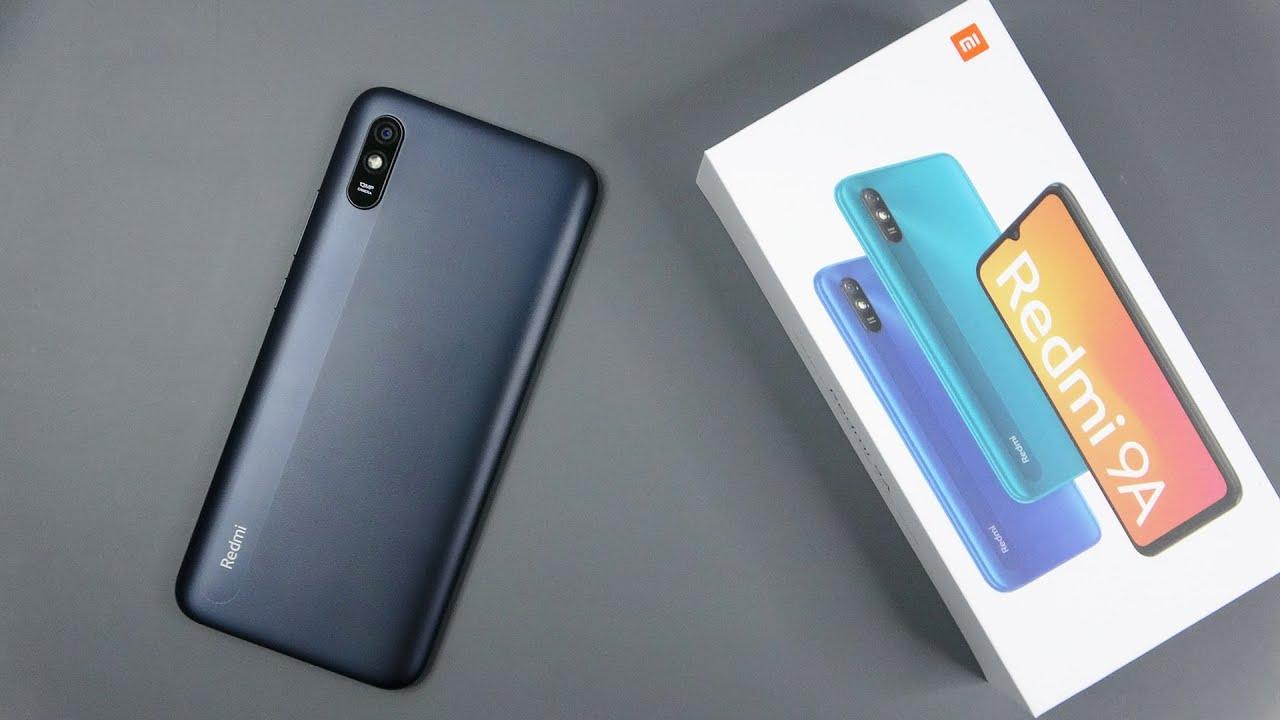 Распродают за 7 тысяч рублей смартфон, который работает до 34 дней на одном заряде батареи