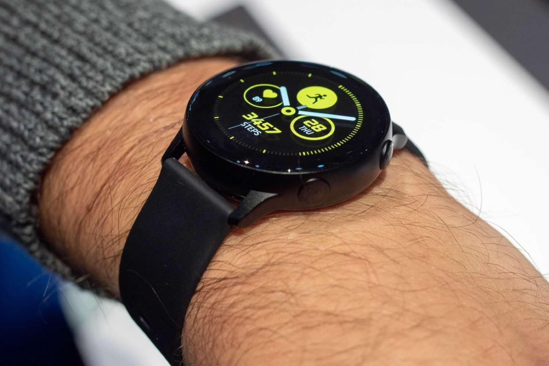 Время покупать часы: шикарные скидки в Мегафоне на три умные брендовые модели
