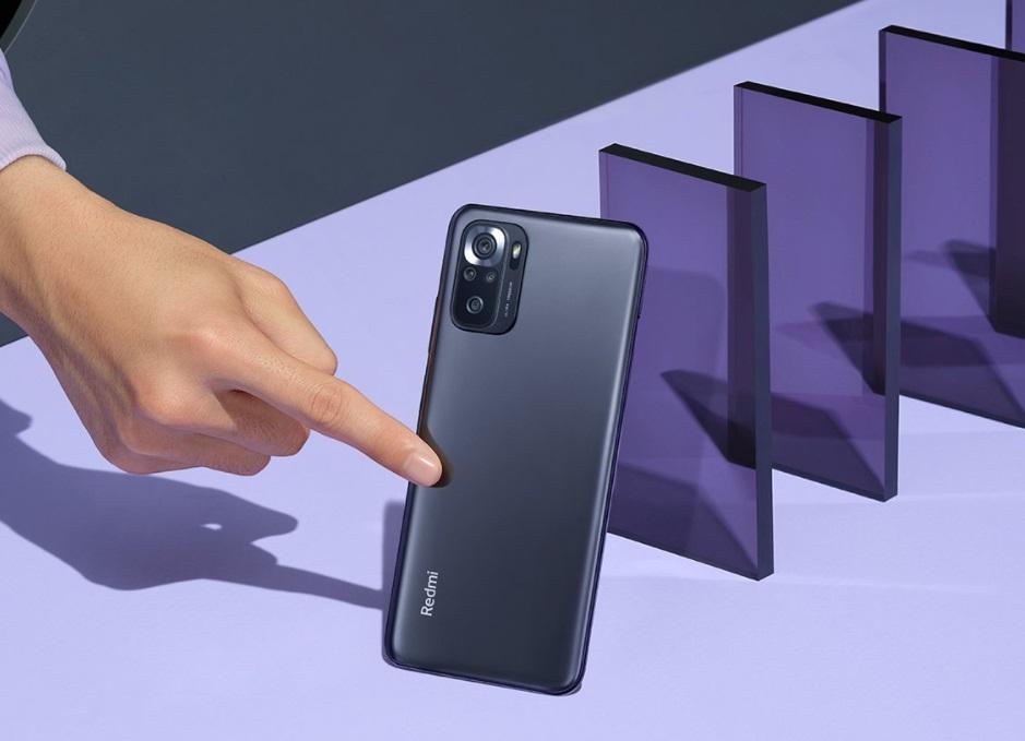 Свежий бюджетник от Xiaomi c флагманскими фишками: AMOLED с защитой от мерцания, игровой процессор, стереозвук